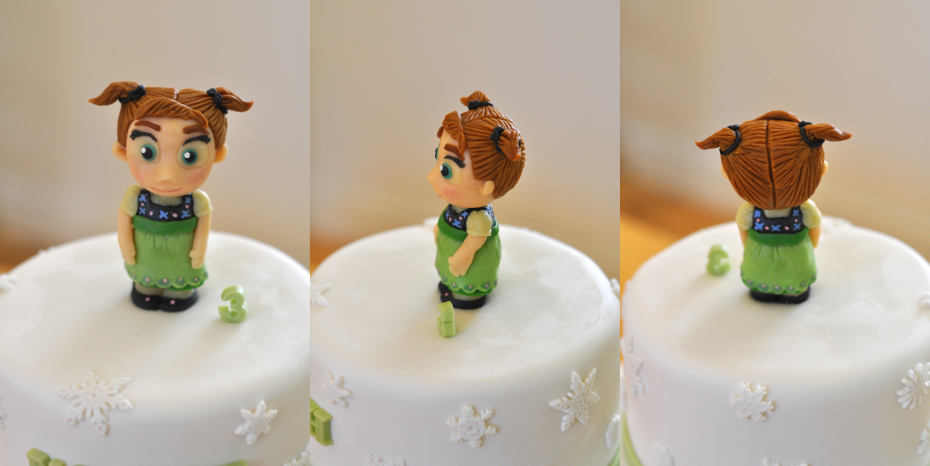 Frozen Little Anna Cake Topper