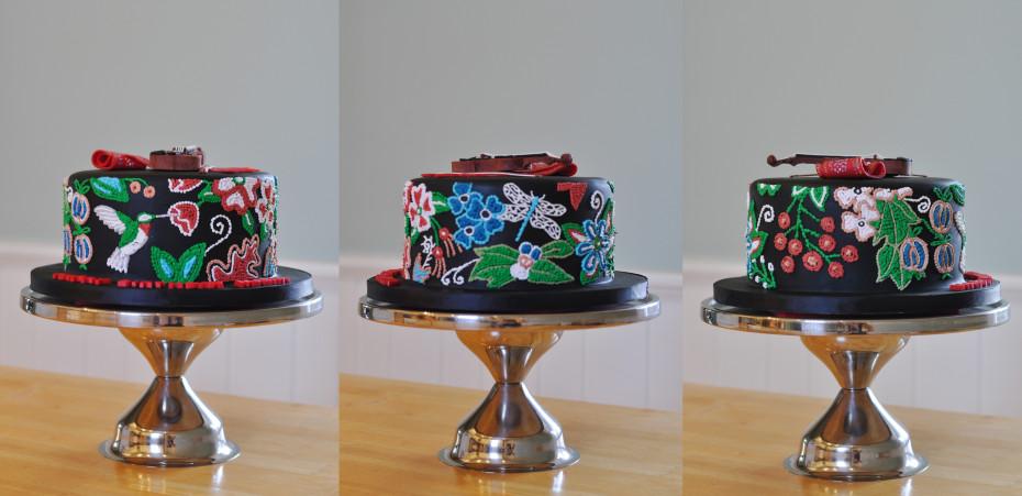 Metis themed cake