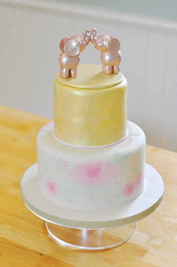 Kissing Elephants - Painted Cake