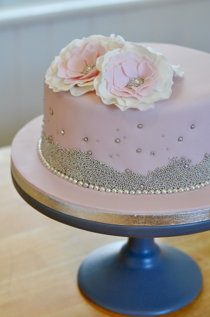 Silver Pearls Cake