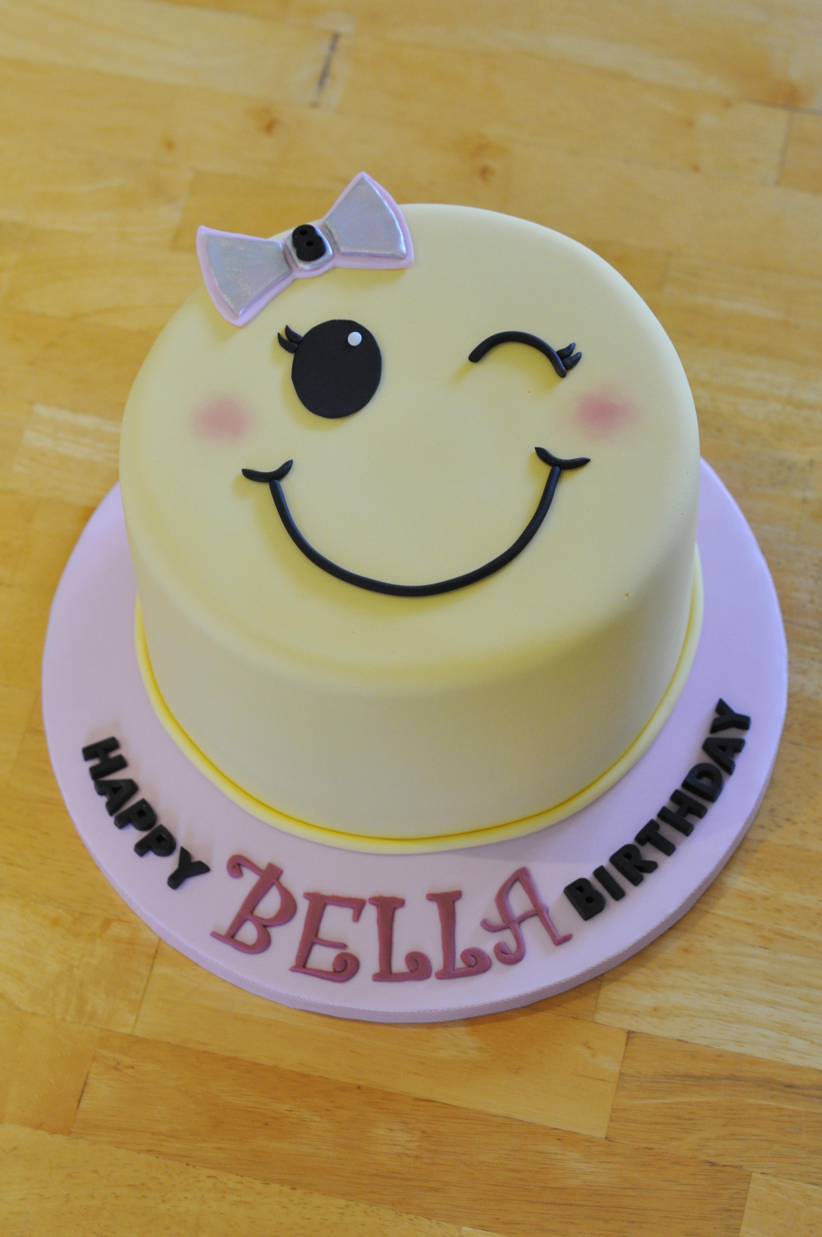 Emoji Wink Cake